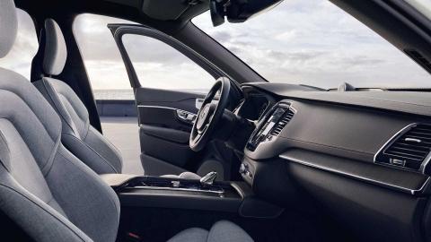'SUV an toan nhat the gioi' Volvo XC90 duoc bo sung 'vu khi moi' KERS hinh anh 4