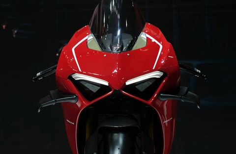 Can canh superbike duong dua Ducati Panigale V4 R hinh anh 10