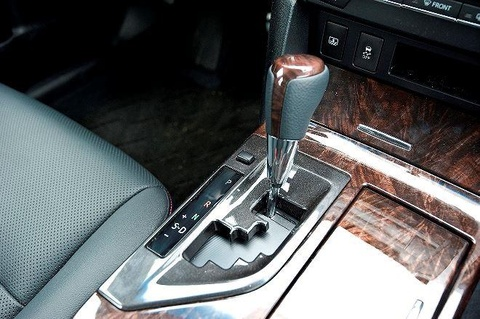 Toyota Camry 2019 - re hon, tre hon, kem sang hon hinh anh 12