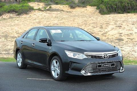 Toyota Camry 2019 - re hon, tre hon, kem sang hon hinh anh 8