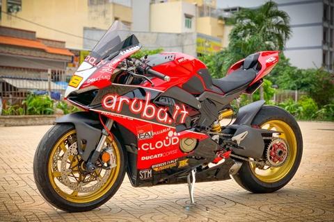 Ducati Panigale V4 độ 200 triệu, biến thành xe đua WSBK tại Sài Gòn