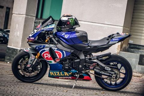 Yamaha R1 do phong cach xe dua tai Sai Gon hinh anh 2