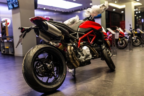'Tan binh' Ducati Hypermotard 950 cap ben VN, gia 460 trieu dong hinh anh 11