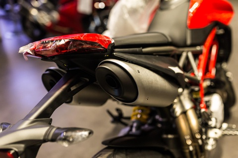 'Tan binh' Ducati Hypermotard 950 cap ben VN, gia 460 trieu dong hinh anh 4