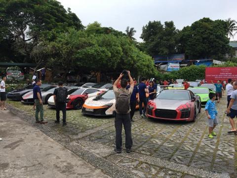 Đoàn siêu xe Car Passion tụ hội cùng đại hội môtô khuấy động Hạ Long