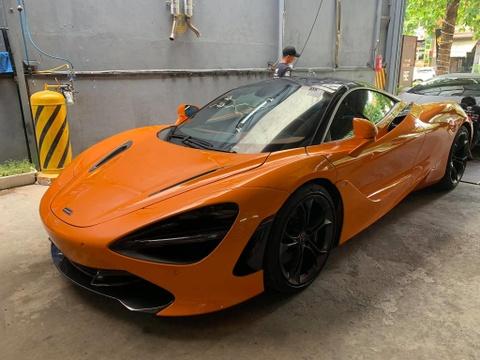 Vì sao Cường Đô La sử dụng Audi R8 thay vì McLaren 720S mới tậu?