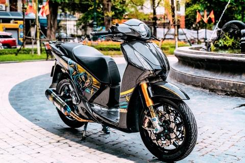 Biker Ha Noi chi 700 trieu dong do lai Honda SH 150i hinh anh