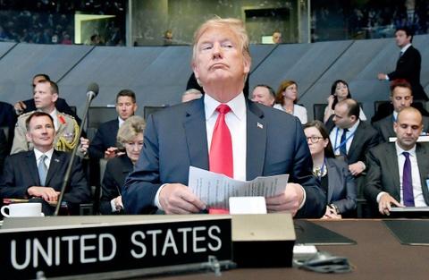 Cuoc chien chua tung co giua cac dong minh - chau Au vo mong ve Trump hinh anh 4
