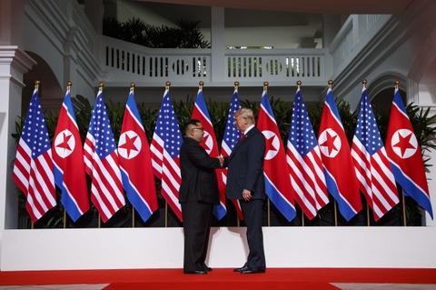 My, Trieu dam phan ti mi cho ngoi, buoc di o cuoc gap Trump-Kim lan 1 hinh anh 2