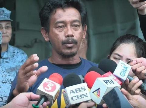 Thuyen vien tau Philippines bi dam: Ngu dan VN cho toi thit ga va mi hinh anh