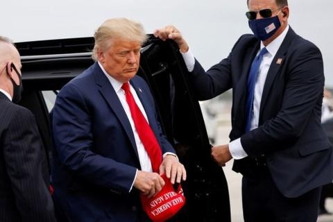 Cong to vien da tiep can duoc ho so thue cua ong Trump hinh anh
