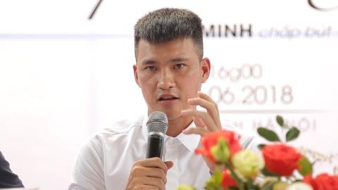 Cong Vinh: 'Nguoi khac viet ve toi, du xau nhung neu dung toi se nhan' hinh anh