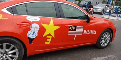 Mạng xã hội ngập sắc đỏ cổ vũ tuyển Việt Nam trước trận chung kết