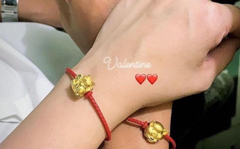 Tu Dung tinh cam deo vong tay vang cho ban gai vao Valentine hinh anh