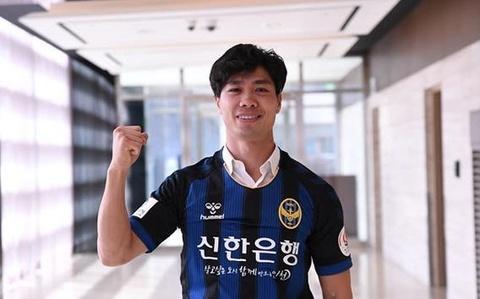 Khoanh khac Cong Phuong lan dau ghi ban cho CLB Incheon United hinh anh