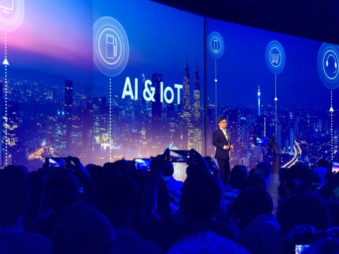 Samsung tai IFA 2018: 'AI khong dang lo ngai' hinh anh