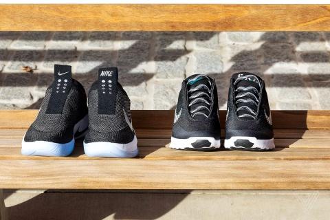 Giay tu buoc day, dieu khien qua smartphone Nike Adapt BB hinh anh