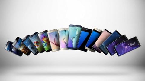 Galaxy Fold mo ra con ac mong moi cho iPhone hinh anh 2
