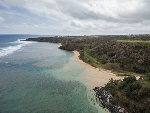 Ben trong 'biet phu' bi mat cua CEO Facebook o Hawaii hinh anh 4