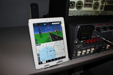 Nhieu phi cong Boeing 737 Max chi duoc dao tao 2 gio qua iPad hinh anh 2