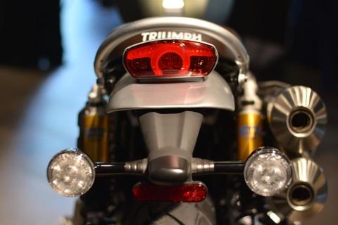 Triumph Scrambler 1200 doi moi ra mat VN, gia tu 599 trieu hinh anh 4