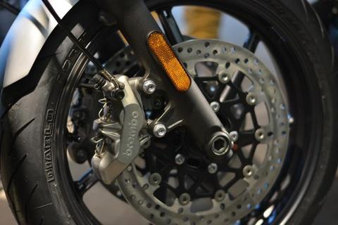 Chi tiet moto hoai co Triumph Speed Twin 2019 gia gan 600 trieu hinh anh 8