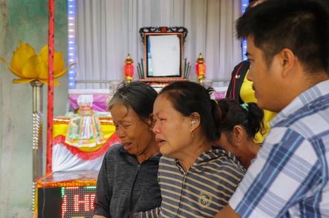 Vu 8 thieu nien duoi nuoc: Tang chong tang o nha nam sinh tu vong hinh anh