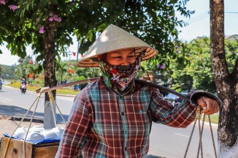Nguoi dan Quang Nam chat vat muu sinh duoi nang nong hinh anh 10