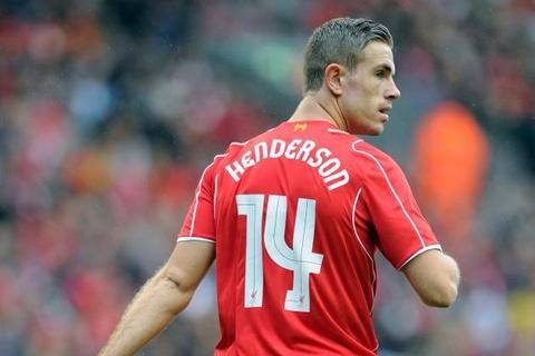 Doi luong nhu Gerrard, Henderson chua gia han hop dong hinh anh