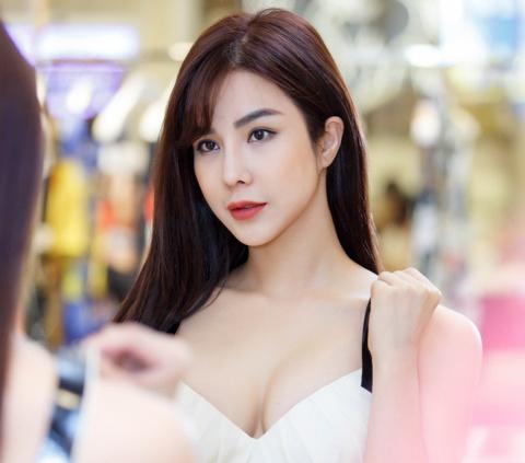Tieu Chau Nhu Quynh mac tham hoa vao top tim kiem nhieu tren Internet hinh anh 10