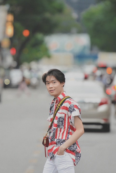 'Thay giao mua' Quang Trung: Se gia gai neu vai dien van minh hinh anh 9