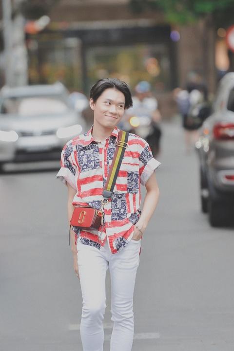 'Thay giao mua' Quang Trung: Se gia gai neu vai dien van minh hinh anh 5