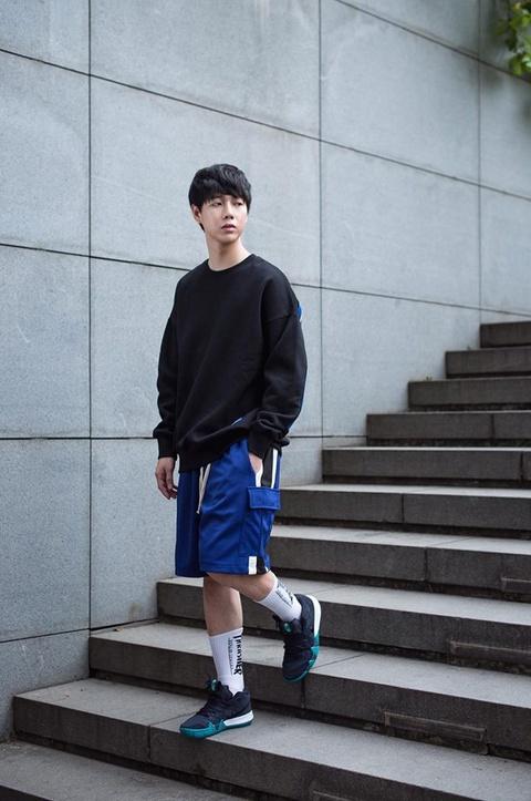 Hot boy truong Y cao 1,80 m, 'soai' khong kem idol Han Quoc hinh anh 7
