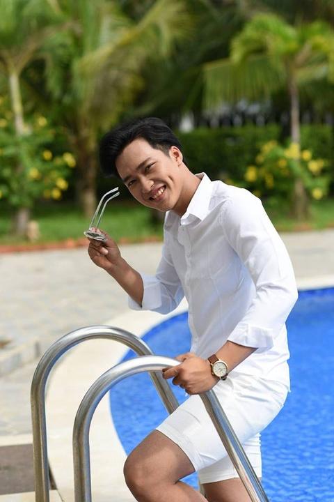 Chang trai tham gia hai show hen ho, cuoi cung chon nguoi hon 3 tuoi hinh anh 3