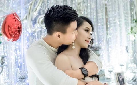 Cau thu Van Thanh to chuc le ky niem 3 nam yeu voi ban gai xinh dep hinh anh
