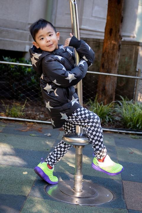 Hoi 'cool kids' 10X My: Sanh dieu nhung khong khoe hang hieu phan cam hinh anh 15