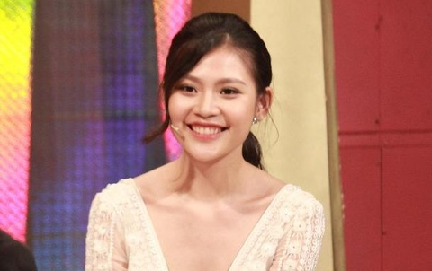 Chung Huyen Thanh to chong dep trai hay xi hoi tren song truyen hinh hinh anh