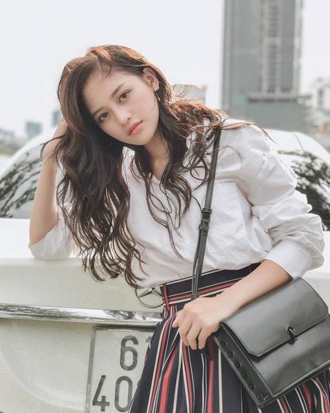 Hot girl tuoi Hoi: Nguoi hanh phuc ben chong, ke theo nghiep dien xuat hinh anh 15