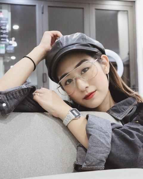 Hot girl tuoi Hoi: Nguoi hanh phuc ben chong, ke theo nghiep dien xuat hinh anh 5