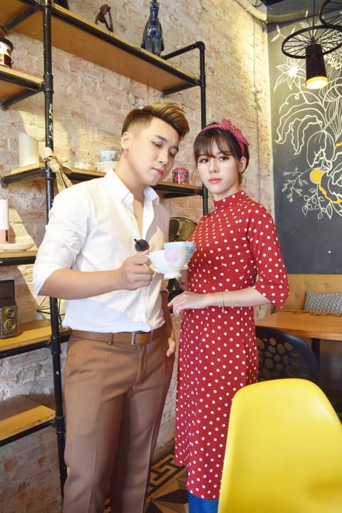 Vlogger Huy Cung: 'Chua tung yeu co gai nao tuyet voi nhu vo' hinh anh 2