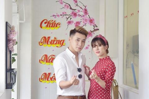 Vlogger Huy Cung: 'Chua tung yeu co gai nao tuyet voi nhu vo' hinh anh 7