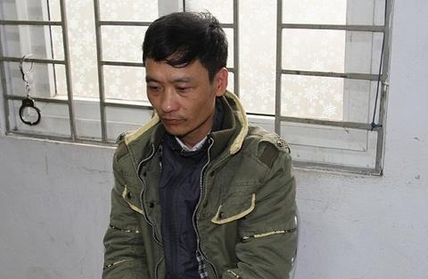Gã nghiện đâm bé trai 4 tuổi tử vong trên đường