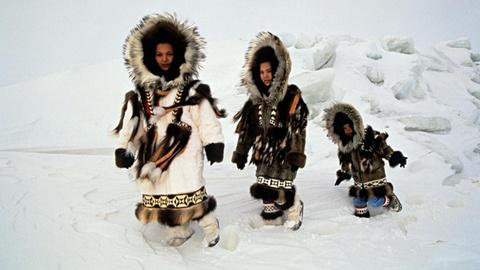 Cuoc song o noi vung cuc cua nguoi Eskimo hinh anh