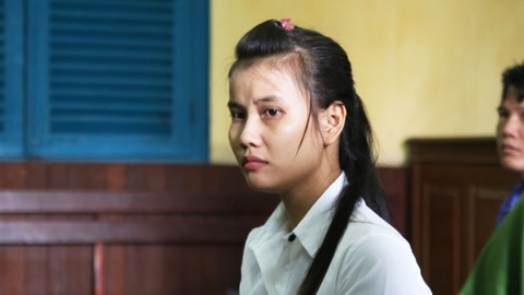 HDXX yeu cau dieu tra lai vu an Tran To Minh Chau giet 'chong ho' hinh anh