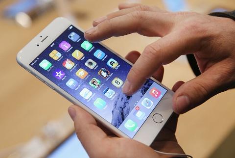 Tu nay, khach bao hanh iPhone 6 Plus co the duoc doi 6S Plus hinh anh