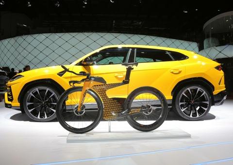 Lamborghini Cervelo P5X - xe dap dua chi co 25 chiec toan cau hinh anh