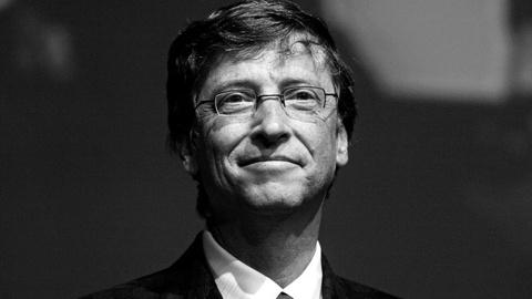 Bill Gates: 'thue robot' se giup con nguoi khong bi cuop viec hinh anh