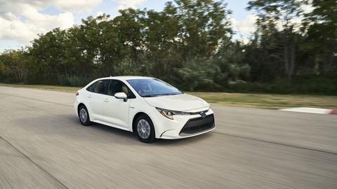 Toyota Corolla hybrid 2020 - chiec Pirius trong hinh hai Corolla hinh anh