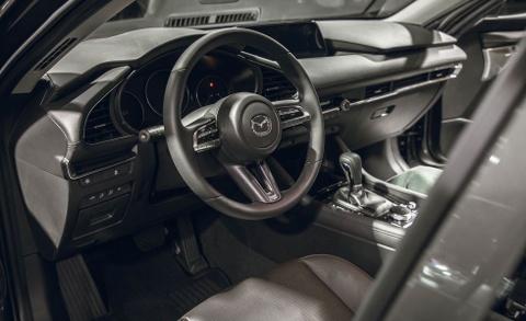 Chi tiet Mazda3 2019 - thiet ke toi gian va cao cap hinh anh 6