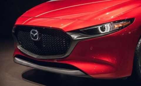 Chi tiet Mazda3 2019 - thiet ke toi gian va cao cap hinh anh 3